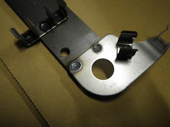 鉄板のスポット溶接